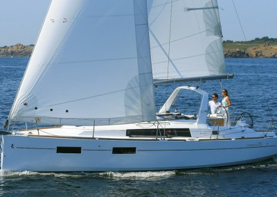 Barca a vela Oceanis 35 noleggio lago di Garda