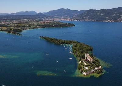 Navigare sul Lago di Garda Isola del Garda